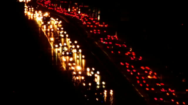 夜 cinemagraph で道路交通 - 乗り物の明かり点の映像素材/bロール