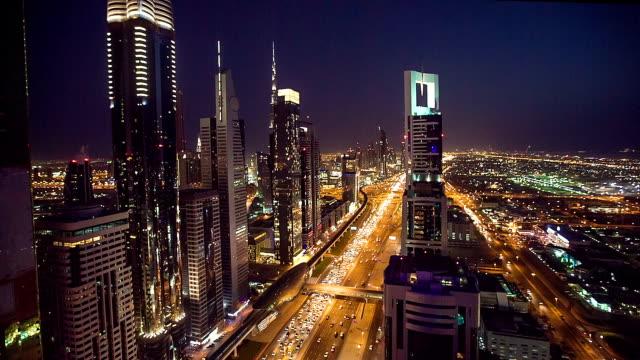 HD: Autobahn-Verkehr in Dubai
