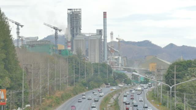 高速道路の交通渋滞 - ガソリン点の映像素材/bロール