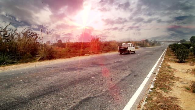 highway - entwicklungsland stock-videos und b-roll-filmmaterial