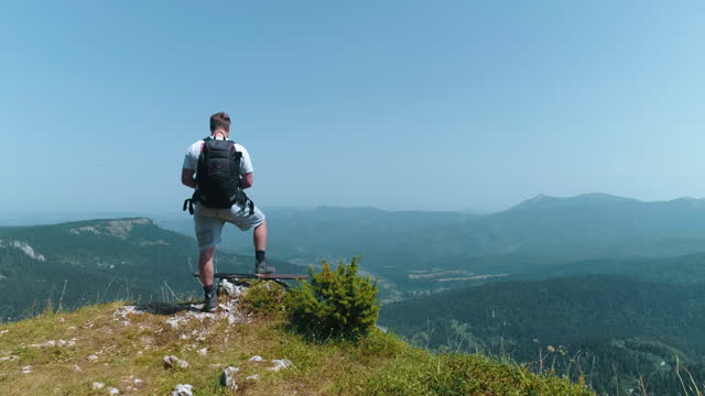 hiker on mountain - footpath stock videos & royalty-free footage