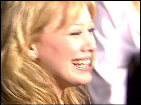 hilary duff at the teen people awards at the ivar in hollywood california on january 13 2003 - 2003 bildbanksvideor och videomaterial från bakom kulisserna