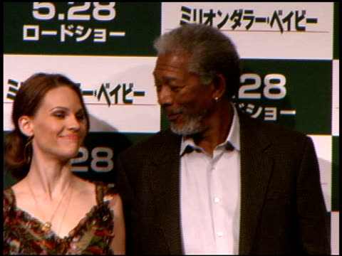 hilary swank and morgan freeman at the 'million dollar baby' press conference and premiere at zepp tokyo in tokyo on may 26, 2005. - hilary swank stock videos & royalty-free footage
