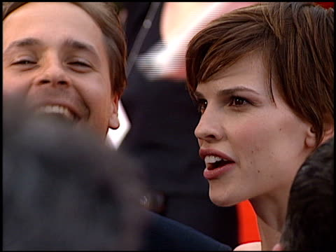 hilary swank at the 2000 screen actors guild sag awards at the shrine auditorium in los angeles, california on march 12, 2000. - hilary swank stock videos & royalty-free footage