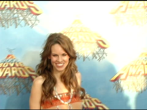 hilary swank at the 2005 mtv movie awards arrivals at the shrine auditorium in los angeles california on june 4 2005 - hilary swank stock videos & royalty-free footage