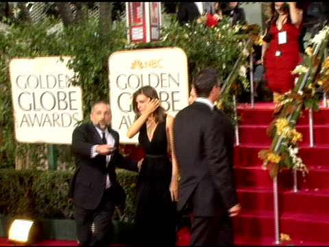 hilary swank at the 2006 golden globe awards arrivals at the beverly hilton in beverly hills california on january 16 2006 - hilary swank stock videos & royalty-free footage