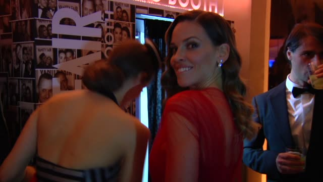 hilary swank at the 2013 vanity fair oscar party hosted by graydon carter - inside party footage hilary swank at the 2013 vanity fair oscar party h... - oscar party stock videos & royalty-free footage
