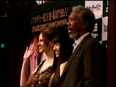 hilary swank, chiaki kuriyama, and morgan freeman at the 'million dollar baby' press conference and premiere at zepp tokyo in tokyo on may 26, 2005. - hilary swank stock videos & royalty-free footage