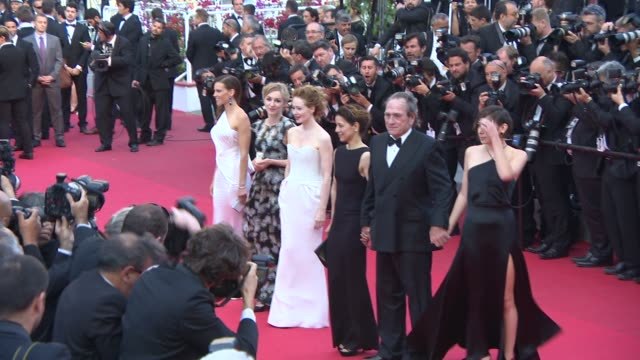 hilary swank tommy lee jones at 'the homesman' red carpet at palais des festivals on may 18 2014 in cannes france - hilary swank video stock e b–roll