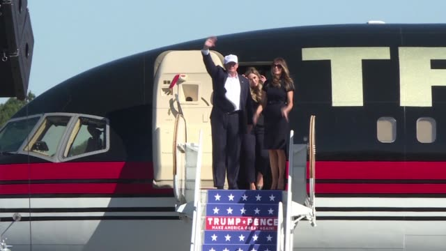hillary clinton and donald trump embark on a campaign blitz in the battleground states of florida and north carolina must wins if the republican is... - carolina del nord stato usa video stock e b–roll