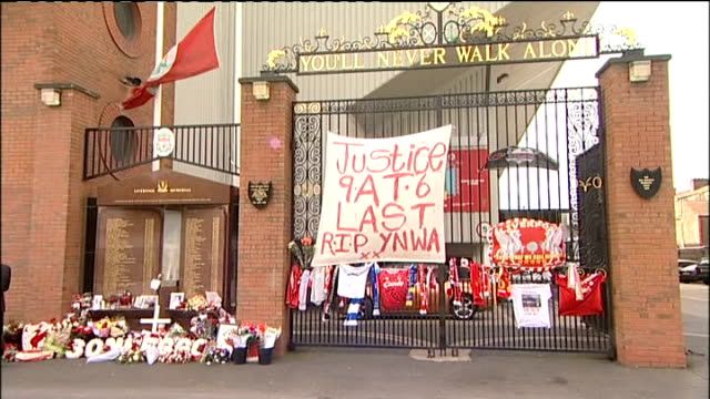 independent panel report sir norman bettison rejects calls for his resignation england liverpool anfield ext 'justice at last' banner on gates next... - neckwear stock videos and b-roll footage