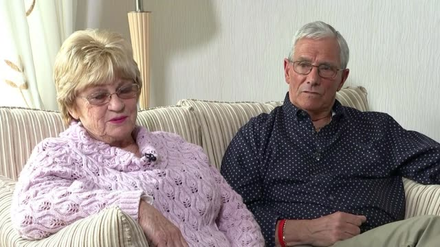 vidéos et rushes de south yorkshire police faces lawsuit from families of victims int gloria and brian benson interview sot we saw david's last moments / saw photographs... - lawsuit