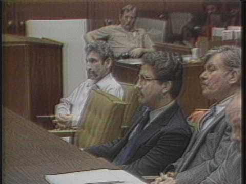 hillside stranglers angeloêbuonoêand kennethêbianchiêsit inches from each other, during a formal sentencing in aêlosêangelesêcourtroom. - throttle stock videos & royalty-free footage