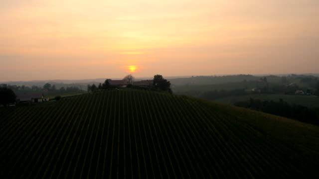 Veduta aerea di tramonto Paesaggio collinare