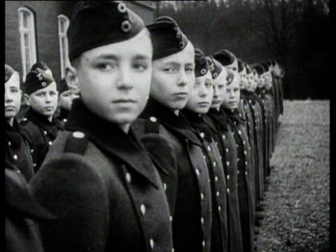 stockvideo's en b-roll-footage met himmler hands out medals to dutch and german soldiers and he visits a school where he watches a boxing match - heinrich himmler