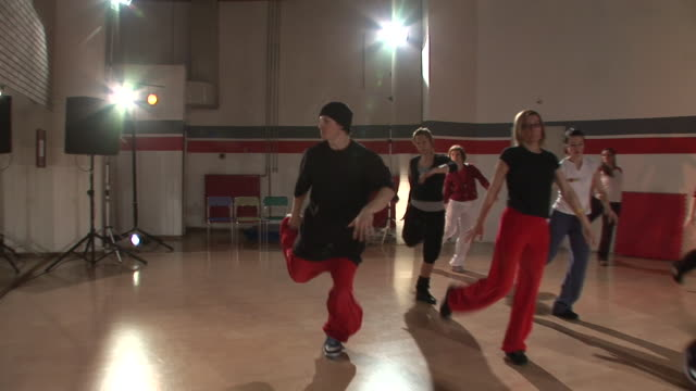 HD STEADYCAM: Hip Hop Dancing Class