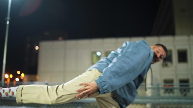 ヒップホップは私の愛 - モダンダンス点の映像素材/bロール