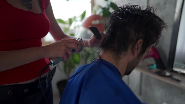 his hair is in good hands - hair clipper stock videos & royalty-free footage