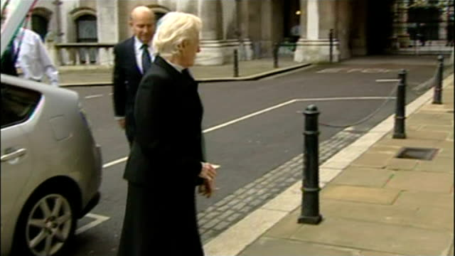historic child abuse inquiry: theresa may to disband panel; r08010703 royal courts of justice: baroness elizabeth butler-sloss arriving at court to... - baroness stock videos & royalty-free footage