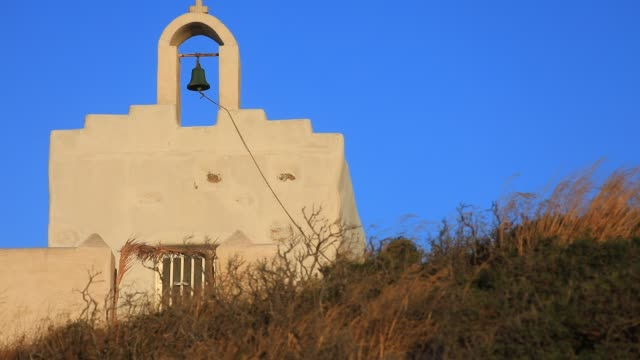 stockvideo's en b-roll-footage met historic church on a hill on august 14 2020 in kostos greece the island of paros has seen increasing tourist numbers in recent years it is the third... - charmant