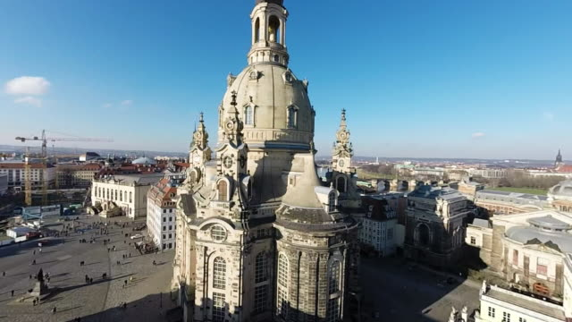 historic city center, including the frauenkirche church, is seen on january 18, 2015 in dresden, germany. the city center, including the... - 70周年点の映像素材/bロール