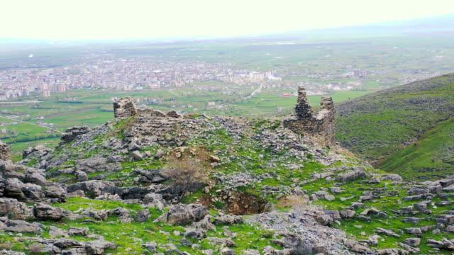歴史的な城, マッシュ, トルコ, 歴史的なハスト城, ムス, トルコ - 王室点の映像素材/bロール