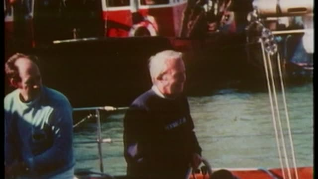 historical child abuse: police watchdog to investigate claims of edward heath cover-up; date and location unknown day heath waving from cockpit of... - エドワード ヒース点の映像素材/bロール