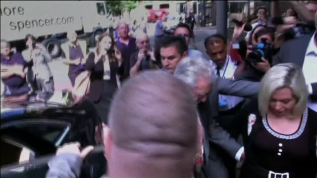 more than 1400 suspects investigated t04071401 / tx london southwark crown court ext rolf harris getting out of car with his daughter bindi harris... - rolf harris stock videos and b-roll footage