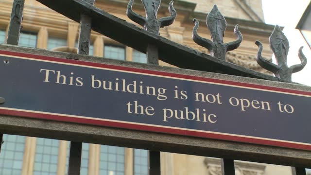 history faculty of oxford university - sign on gate - english language stock videos & royalty-free footage