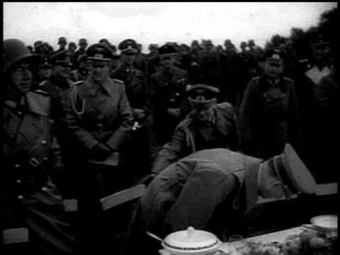 hitler sits down to a picnic with the wehrmacht / sudetenland czechoslovakia - wehrmacht stock-videos und b-roll-filmmaterial