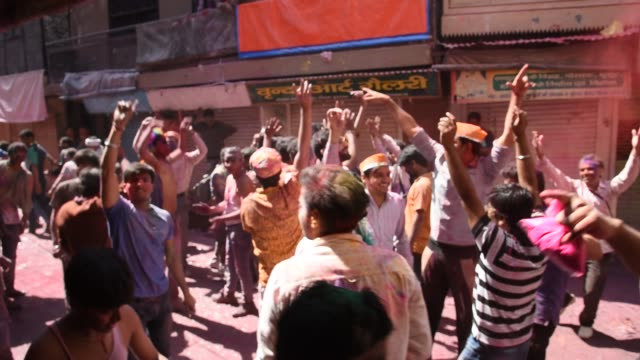 stockvideo's en b-roll-footage met holi festival, india. - overige