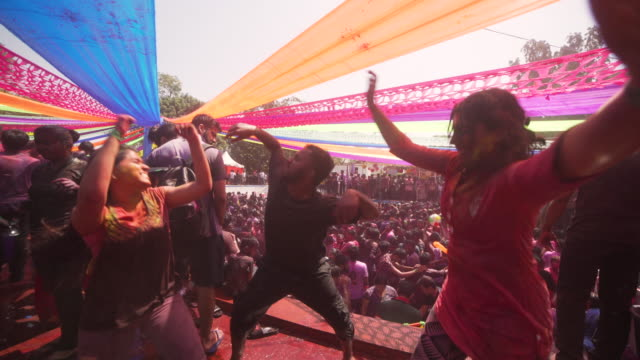 holi festival party at india, chennai - spiritualität stock-videos und b-roll-filmmaterial