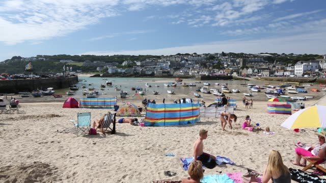 holiday makers in st ives, cornwall, uk. - craft stock videos & royalty-free footage