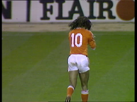 holland captain ruud gullit applauds crowd as he jogs from field after being substituted during international friendly england vs holland wembley... - replacement stock videos & royalty-free footage