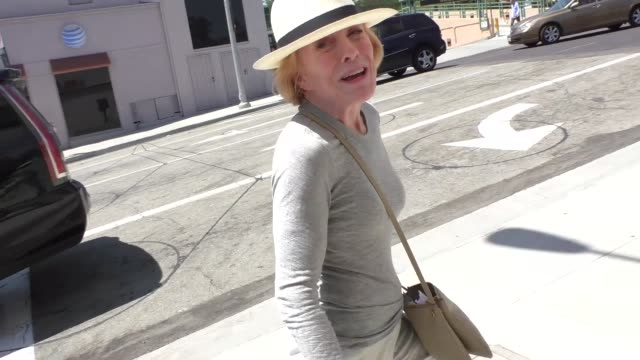 Holland Taylor shopping in Beverly Hills in Celebrity Sightings in Los Angeles