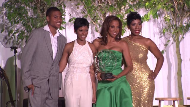 holly robinson peete accepts her honor, on her son's autism, on hollyrod foundation, rodney peete, jr. on his diagnosis of autism and his mother not... - tamron hall stock videos & royalty-free footage