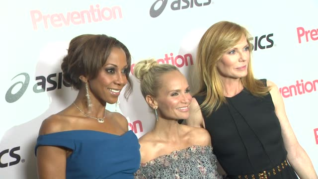 holly robinson peete, kristin chenoweth, marg helgenberger at the prevention magazine presents the 2nd annual prevention honors hollywood heroes... - marg helgenberger stock videos & royalty-free footage