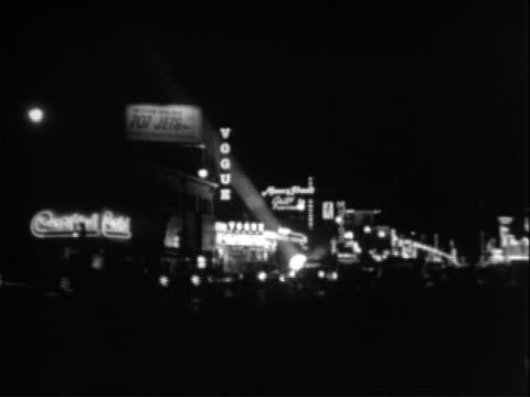 vídeos de stock e filmes b-roll de hollywood at night - 1947