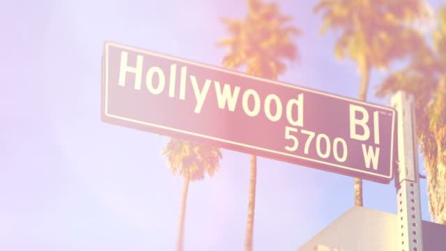 stockvideo's en b-roll-footage met hollywood boulevard-los angeles - hollywood walk of fame