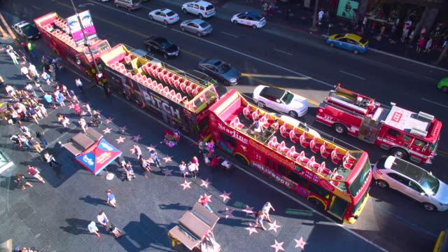 vídeos de stock e filmes b-roll de hollywood boulevard - passeio da fama de hollywood