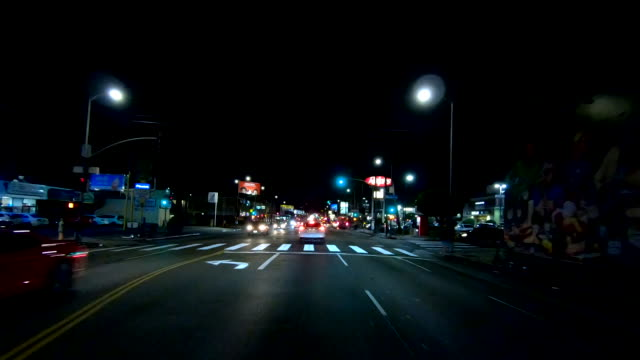 vidéos et rushes de hollywood time lapse front vue californie conduite à travers rapide - hollywood boulevard