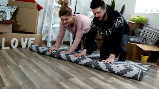 vídeos y material grabado en eventos de stock de mejora de la casa, hágalo usted mismo actividad en el nuevo hogar - bricolaje