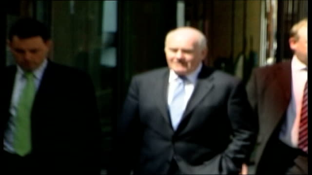 home office criminals' travel ban blunder summer 2006 london home office john reid along past home office building with others - itv weekend evening news stock-videos und b-roll-filmmaterial