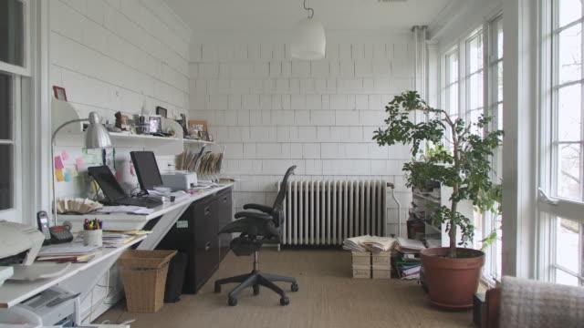 ws home office, scarborough, new york, usa - 書斎点の映像素材/bロール