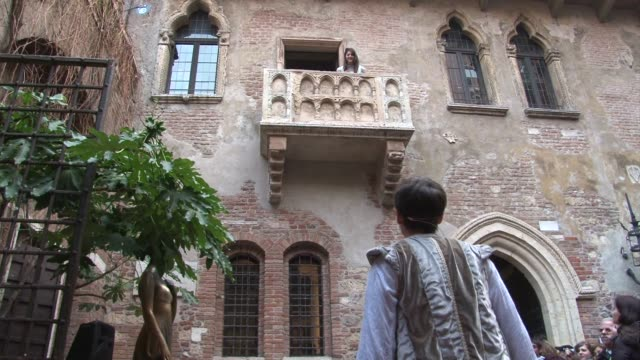 stockvideo's en b-roll-footage met home to shakespeare's lovers romeo and juliet, verona always pushes out the boat for valentine's day. verona, italy. - clean