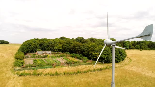 vídeos de stock, filmes e b-roll de home wind turbine - energy efficient