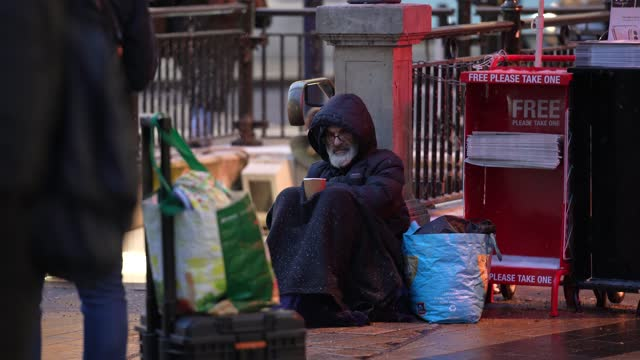 GBR: Homeless people on the streets of London during storm Darcy as temperatures drop below zero