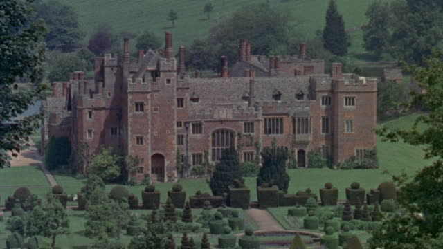 1957 montage homes of the elizabethan wealthy / united kingdom - 1957 stock videos & royalty-free footage