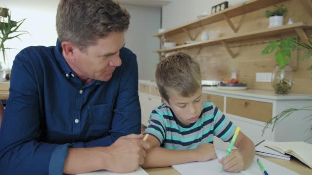 homework - 10 11 år bildbanksvideor och videomaterial från bakom kulisserna