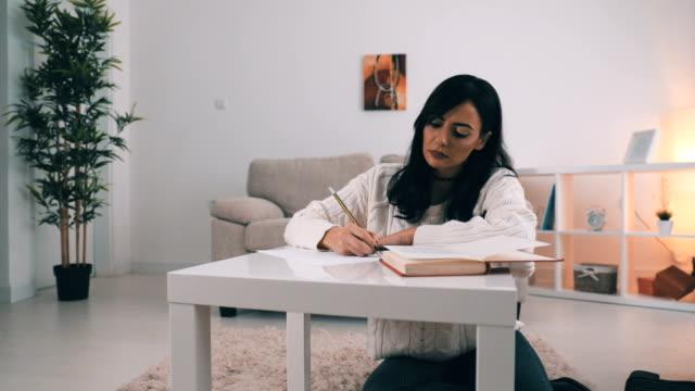 vidéos et rushes de faire ses devoirs  - nostalgie